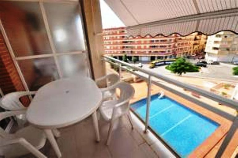 Moli D Avall Apartment, Afmadow