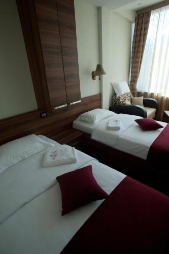 Hotel Luka's,