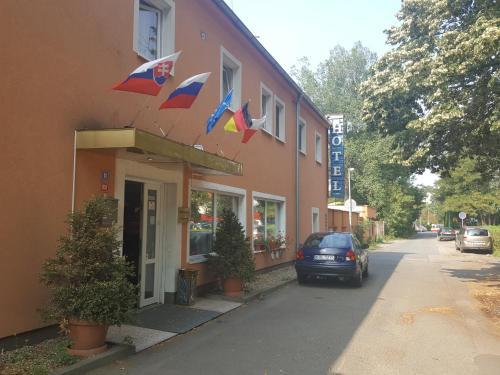 Hotel Penzion Praga, Praha 9