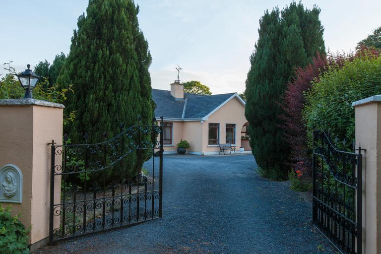 Castleview Farm,