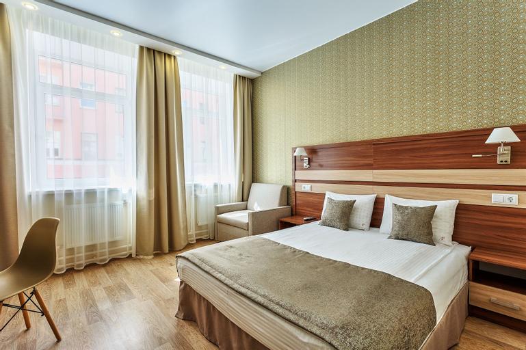 Regina Hotel, Sankt-Peterburg gorsovet