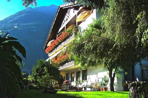 Guntraun, Bolzano