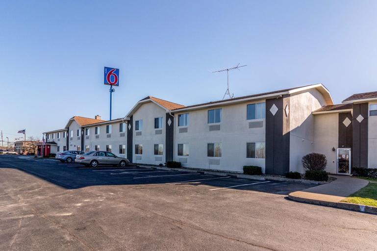 Motel 6 Barkeyville, PA, Venango