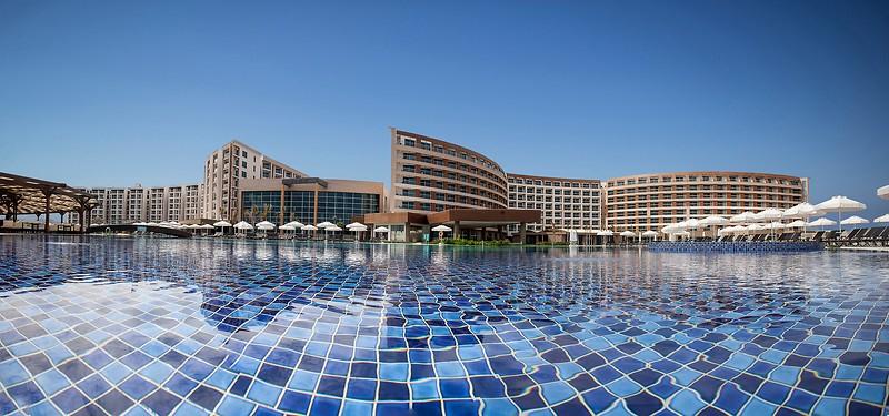 Elexus Hotel & Spa & Casino,