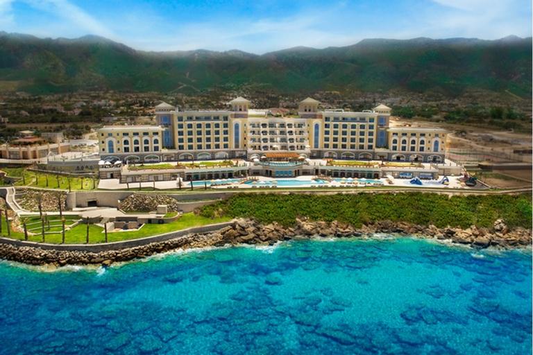 Merit Royal Premium Hotel & Casino,