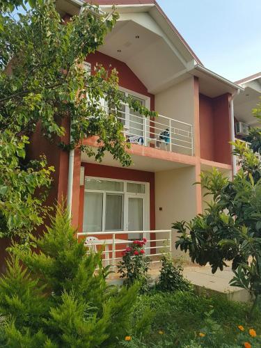 Pavilion Guest House, Xaçmaz