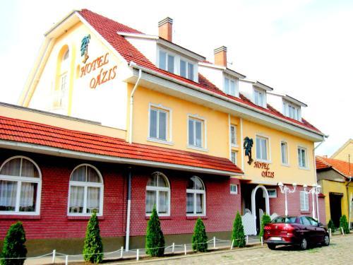 Oazis Hotel Etterem, Kiskunfélegyház