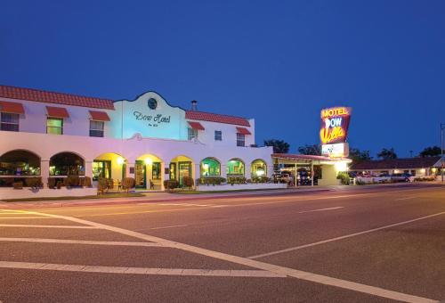 Dow Villa Motel, Inyo