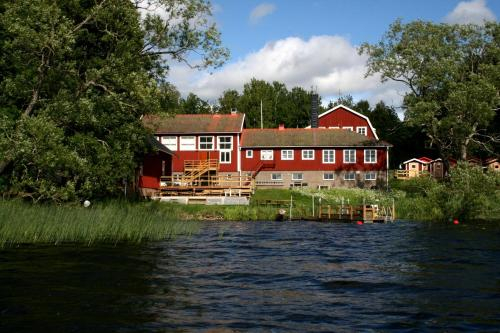 Trehorna Wardhus & Vandrarhem, Ödeshög
