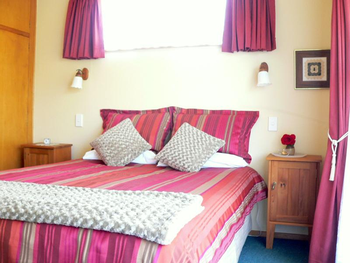 Brook House Bed & Breakfast and Cottages, Kaikoura