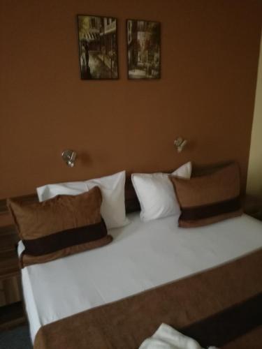 Hotel Mizia, Targovishte