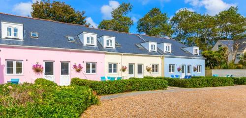 Ellingham Self-Catering Cottages,