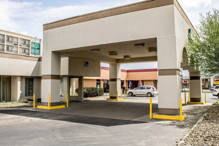 Quality Inn & Suites North, Trumbull