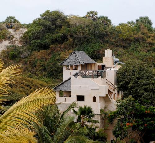 Fatumas Tower, Lamu West