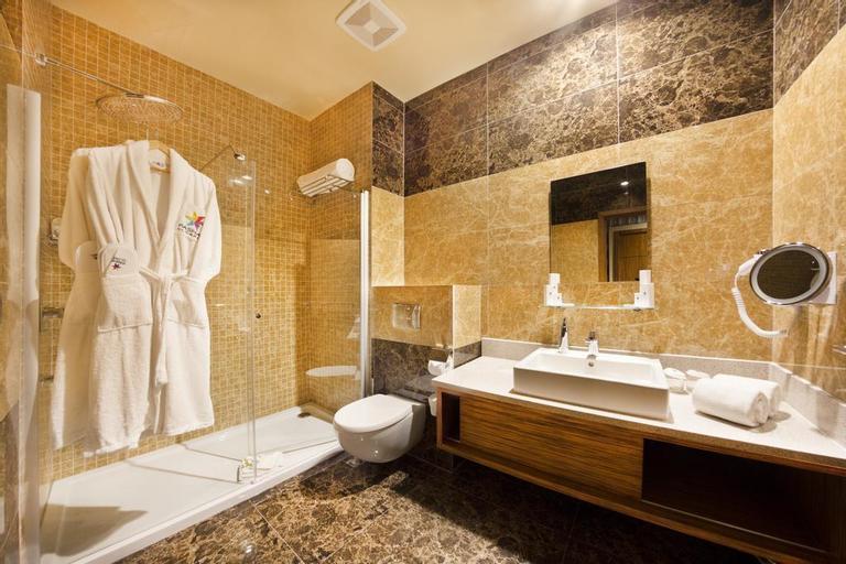 Atlantis Hotel & Casino, Centrum