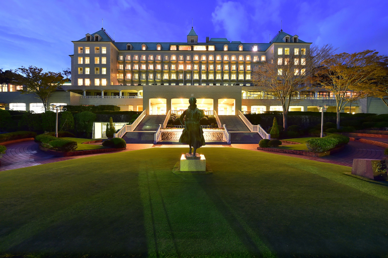 Shizuoka Country Hamaoka couse&Hotel, Omaezaki