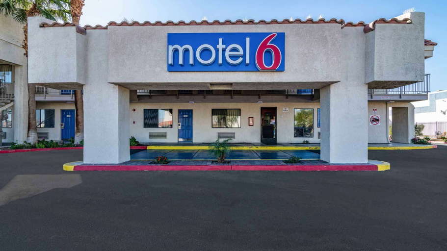Motel 6 Thousand Palms, CA - Palm Springs Area, Riverside