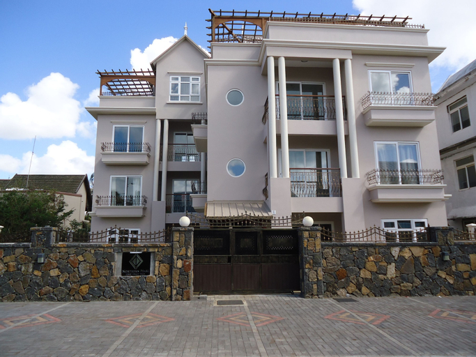 Northern Pearl Luxury Apartments,