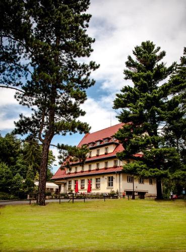 Parkhotel Skalni mesto, Jičín