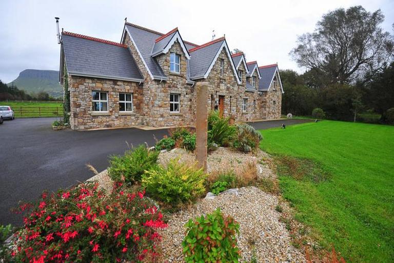 Yeats Lodge,