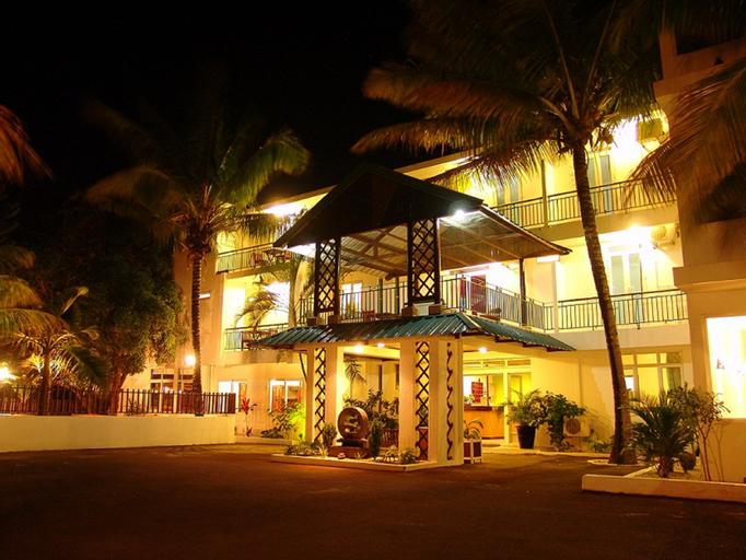 HOTEL DZAMA ,