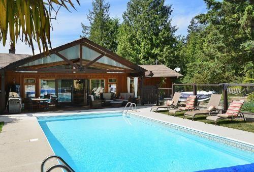 Casa Bella Guesthouse on Sechelt Inlet, Sunshine Coast