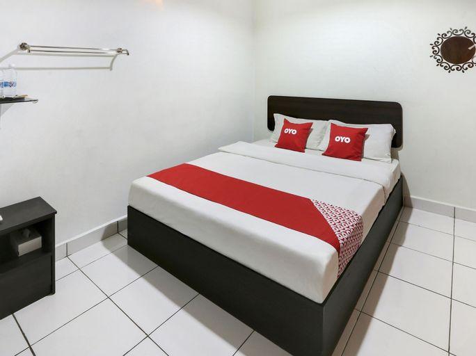 OYO 89405 Merlott Hotel, Port Dickson