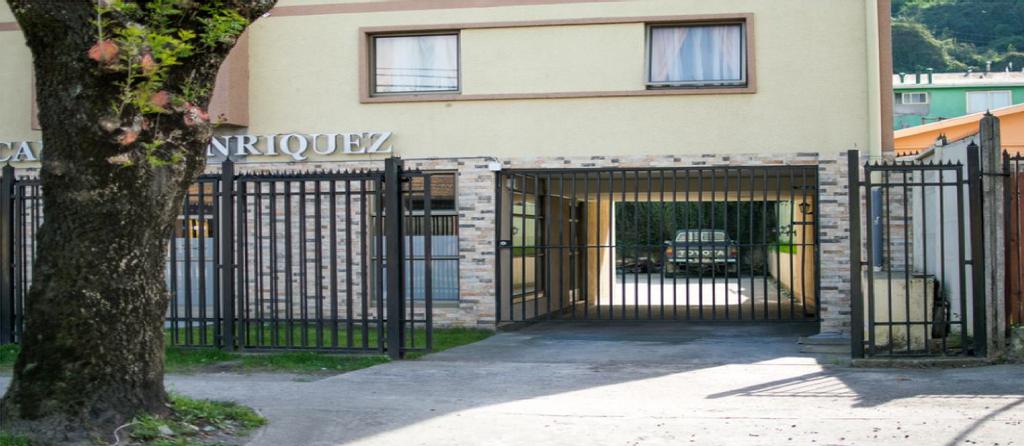 Hotel Camilo Henriquez, Concepción
