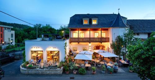 Johannishof Wein-Cafe & Gastehaus, Trier-Saarburg