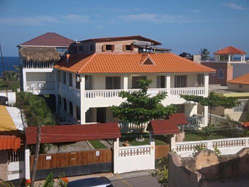 El Malecon B&B Hotel, Cabrera