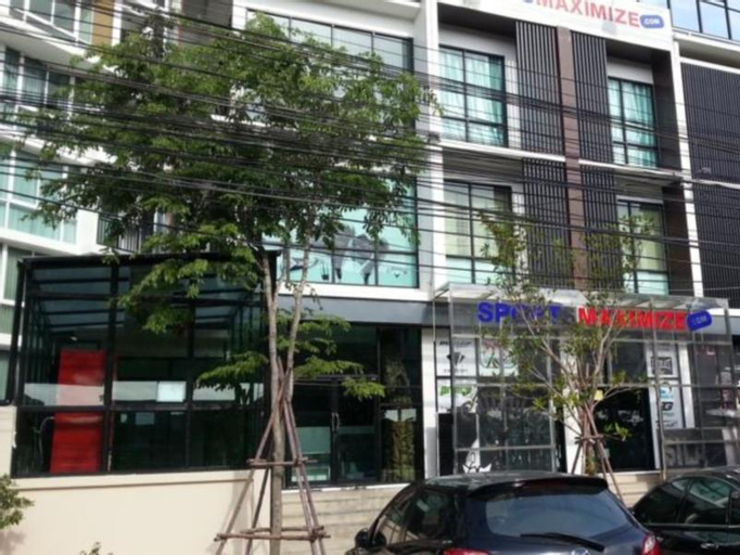 Maxhouse and Cafe @ Vibhavadi 54, Lak Si