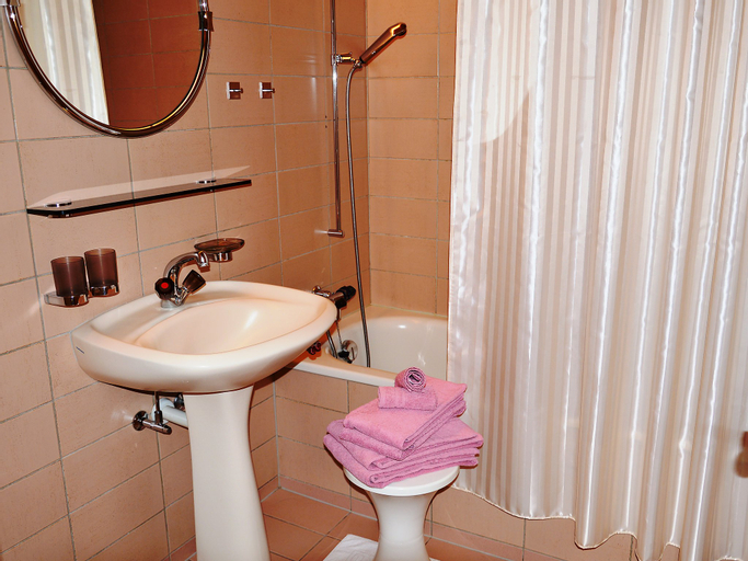 Chesa Maurus A1 - One Bedroom, Maloja