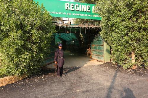 Hotel Regine Inn, Karachi