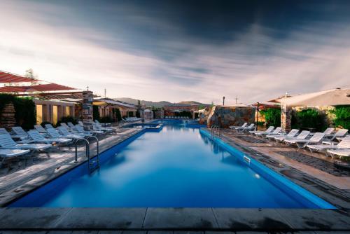 Maria Resort,