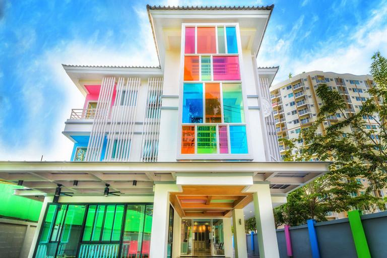 The Tint at Phuket town, Pulau Phuket