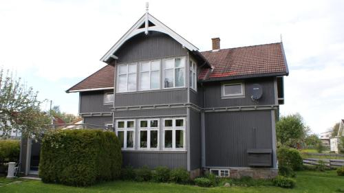 Villa Nyborg, Stange