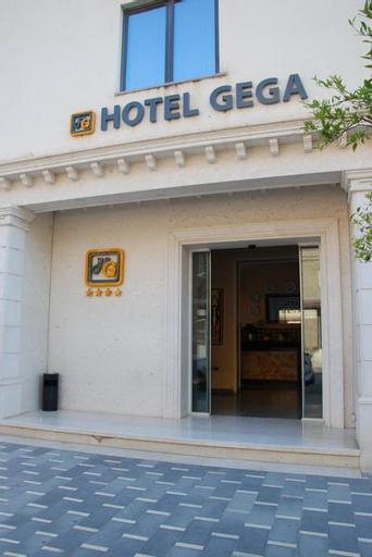 Gega Hotel Berat, Beratit