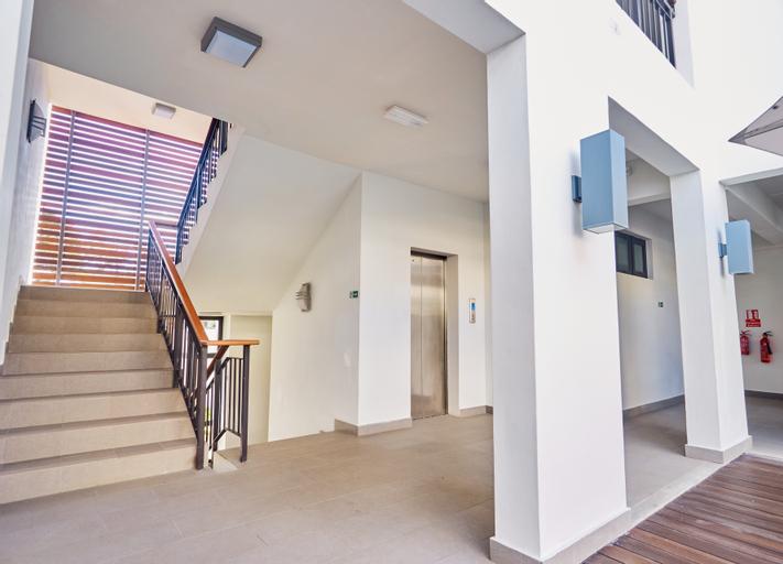 Liberty Drive Apartments & Penthouses,