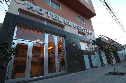Hotel El Cortijo, Confluencia