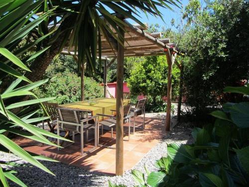 Casa Cantiga family holiday eco resort, Alcobaça