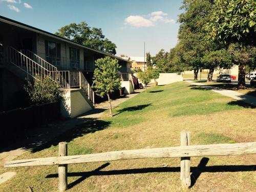Budget Apartments Como, South Perth