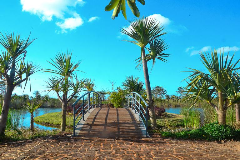 Royal Park Resort,