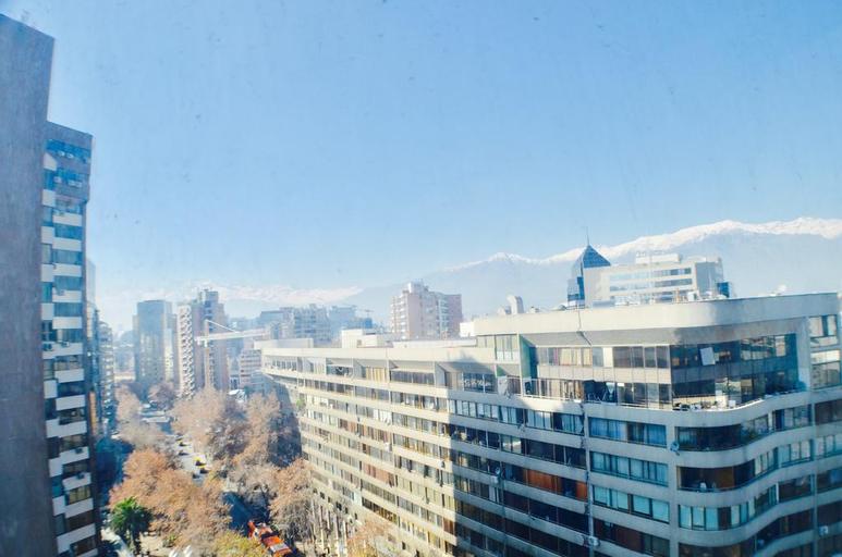 Apartamentos Premium Capital Lyon Costanera, Santiago