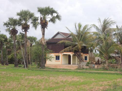 Romdul Homestay by Living Cambodia, Puok