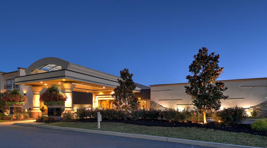 Eden Resort & Suites - Best Western Premier Collection, Lancaster