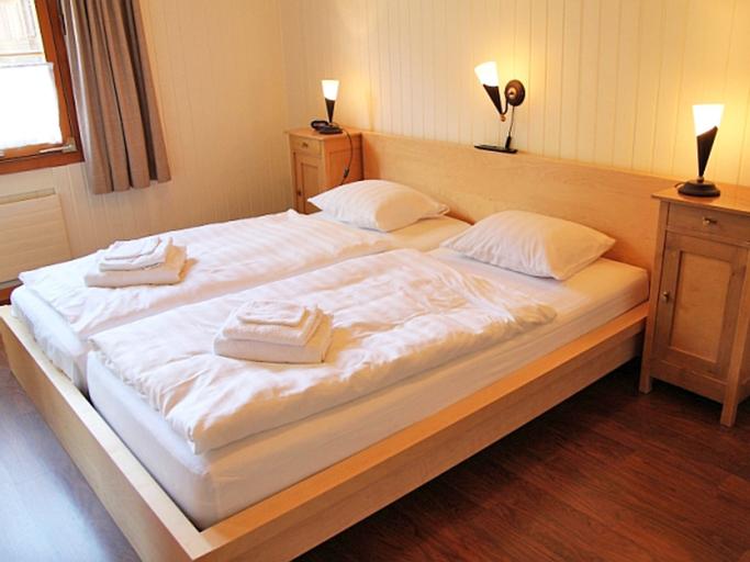 Des Alpes - Two Bedroom No.2, Interlaken