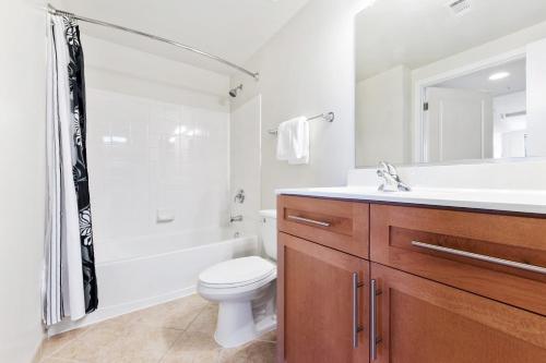 Global Luxury Suites Metropolitan Park Arlington, Arlington