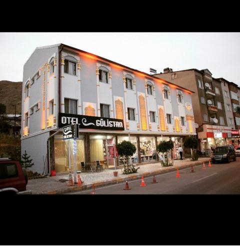 Gulistan Hotel, Zara