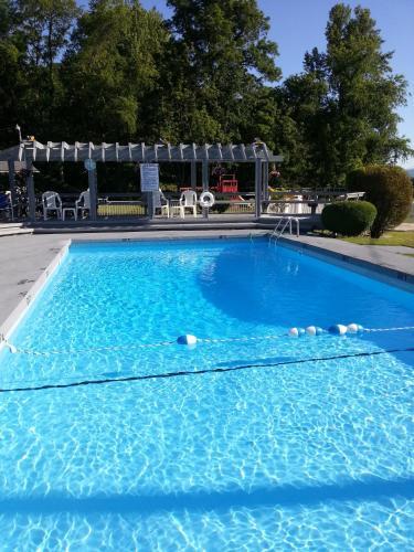 Carolina Motel, Macon