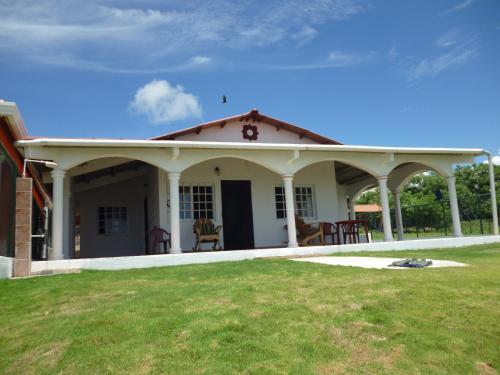 Uverito Beach House, Las Tablas